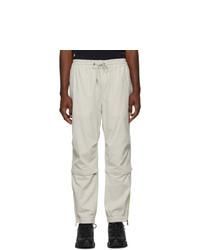 weiße Jogginghose von Moncler