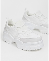 weiße klobige niedrige Sneakers von ASOS DESIGN