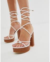 weiße Leder Sandaletten von Public Desire