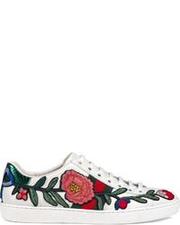 weiße niedrige Sneakers mit Schlangenmuster von Gucci