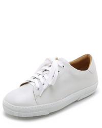 weiße niedrige Sneakers von A.P.C.
