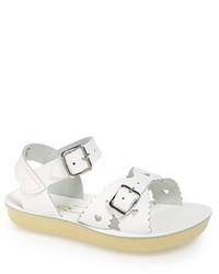 weiße Sandalen