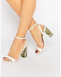 Weiße Sandaletten von Asos