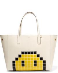 weiße Shopper Tasche aus Leder mit Reliefmuster von Anya Hindmarch