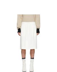 weiße Shorts von Random Identities