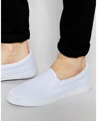 weiße Slip-On Sneakers aus Segeltuch von Asos