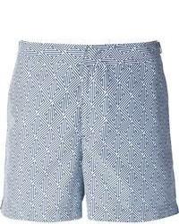 weiße und blaue bedruckte Shorts