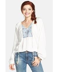Weiße und blaue bestickte Folklore Bluse