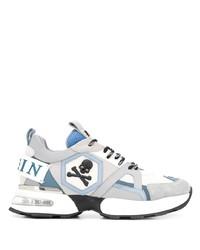 weiße und blaue Sportschuhe von Philipp Plein