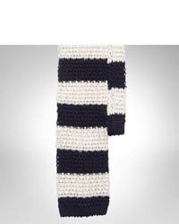 weiße und dunkelblaue horizontal gestreifte Wollkrawatte