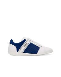 weiße und dunkelblaue niedrige Sneakers von Versace Collection