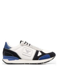 weiße und dunkelblaue Sportschuhe von Emporio Armani