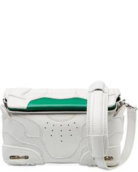weiße und grüne Leder Clutch
