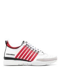 weiße und rote Sportschuhe von DSQUARED2