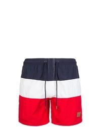 weiße und rote und dunkelblaue Sportshorts von Urban Classics