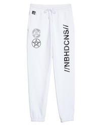 weiße und schwarze bedruckte Jogginghose