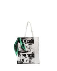 weiße und schwarze bedruckte Shopper Tasche aus Segeltuch von Calvin Klein 205W39nyc