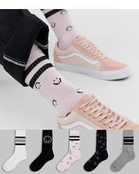 weiße und schwarze bedruckte Socken von ASOS DESIGN