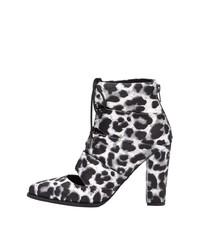 weiße und schwarze Leder Stiefeletten mit Leopardenmuster von Bianco
