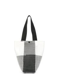 weiße und schwarze Shopper Tasche aus Leder mit Karomuster von Truss Nyc