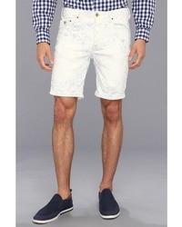 weiße vertikal gestreifte Shorts