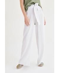 weiße weite Hose von OXXO
