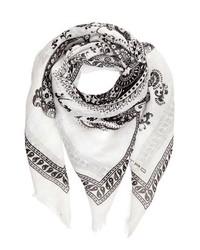 weißer bedruckter Schal