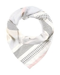 weißer horizontal gestreifter Schal von s.Oliver