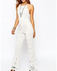 f8bde8394abb9 weißer Jumpsuit aus Spitze von Missguided, €69 | Asos | Lookastic