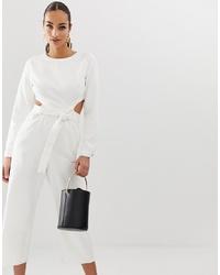 weißer Jumpsuit mit Ausschnitten von Missguided