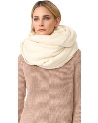 weißer Schal von Acne Studios