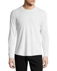 weißer Strick Pullover mit einem Rundhalsausschnitt