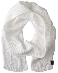 weißer Strick Schal
