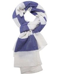 weißer und dunkelblauer horizontal gestreifter Schal