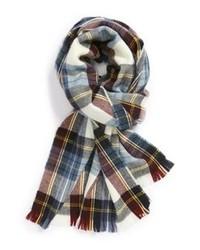 weißer und roter und dunkelblauer Schal mit Schottenmuster
