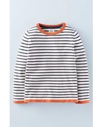 weißer und schwarzer horizontal gestreifter Pullover