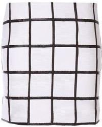 weißer und schwarzer Minirock mit Karomuster