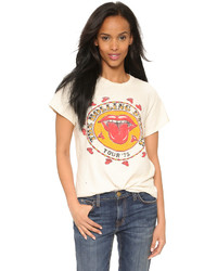 weißes bedrucktes T-Shirt mit einem Rundhalsausschnitt