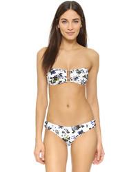 weißes Bikinioberteil mit Blumenmuster