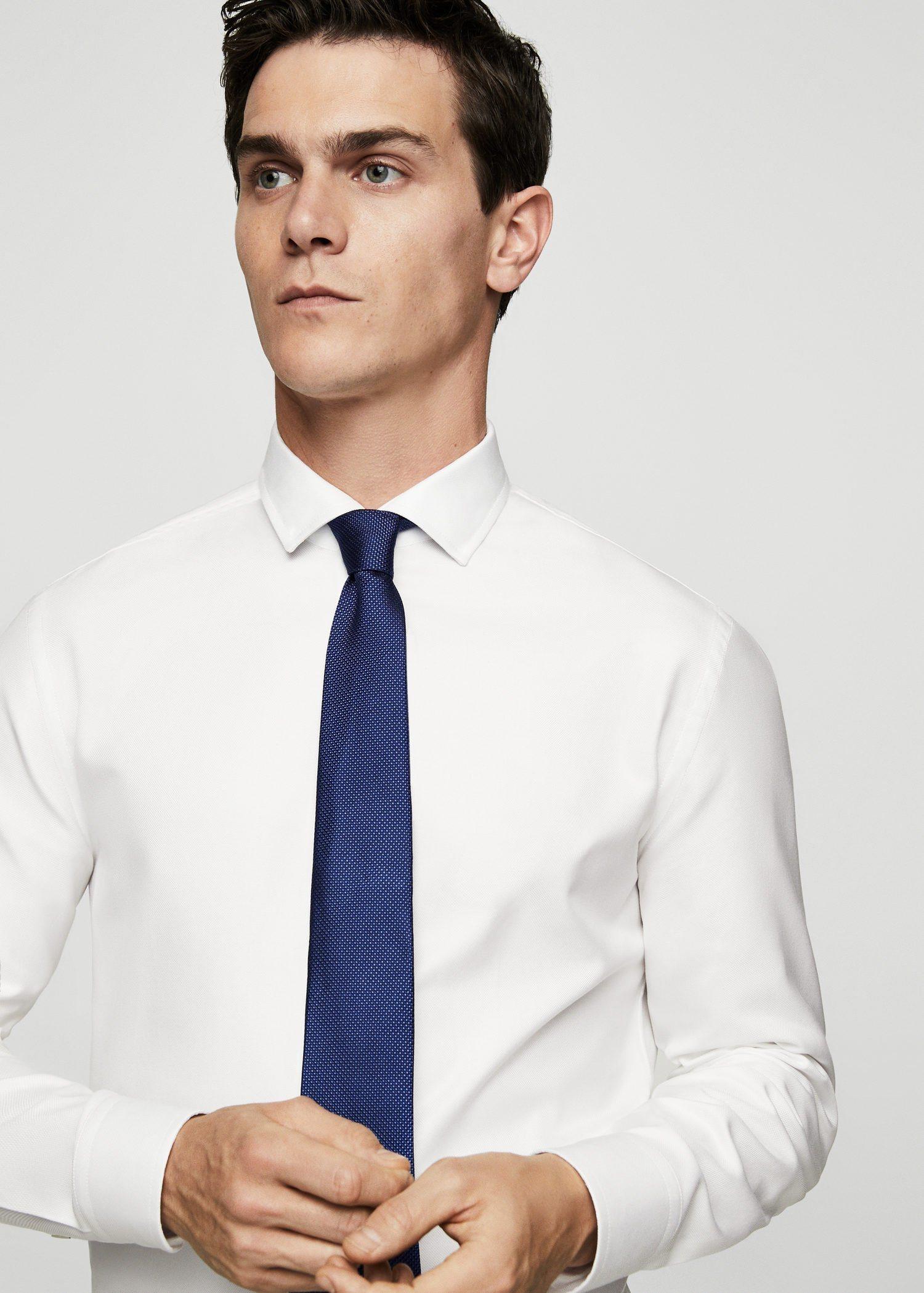 weißes Businesshemd von Mango Man