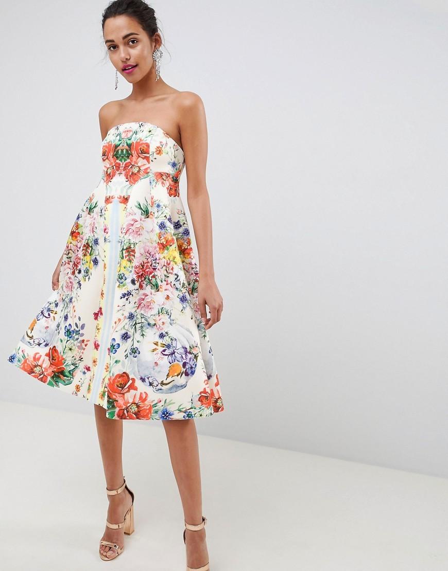 aad5660067de73 ... weißes schwingendes Kleid mit Blumenmuster von ASOS DESIGN