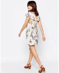 weißes schwingendes Kleid mit Blumenmuster von Asos