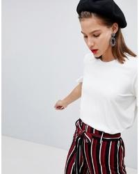 weißes T-Shirt mit einem Rundhalsausschnitt von Pieces