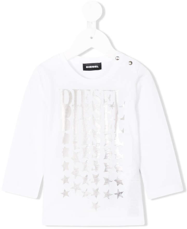 weißes T-shirt mit Sternenmuster von Diesel