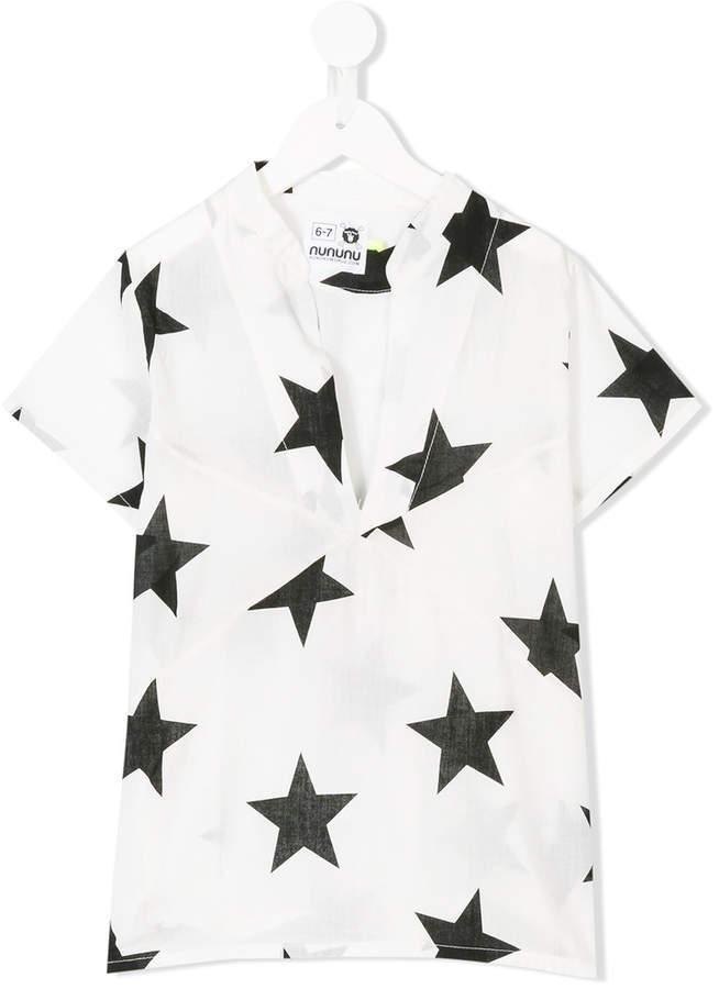 weißes T-shirt mit Sternenmuster von Nununu