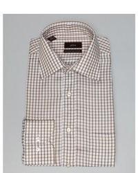 weißes und braunes Businesshemd mit Vichy-Muster