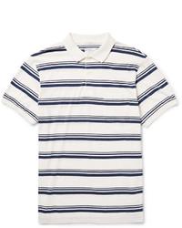 weißes und dunkelblaues horizontal gestreiftes Polohemd