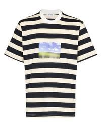 weißes und dunkelblaues horizontal gestreiftes T-Shirt mit einem Rundhalsausschnitt von Sunnei