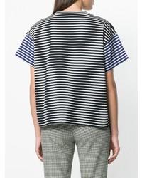 weißes und dunkelblaues horizontal gestreiftes T-Shirt mit einem Rundhalsausschnitt von Sofie D'hoore