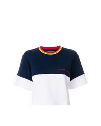 weißes und dunkelblaues T-Shirt mit einem Rundhalsausschnitt von Perfect Moment